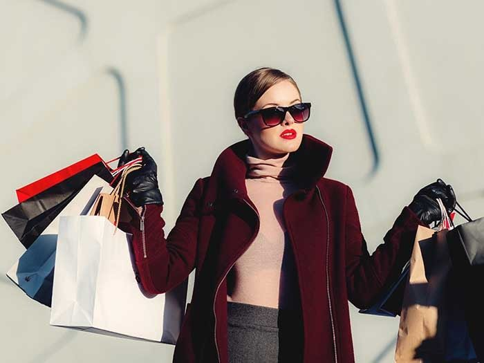 Why Many Women Hate Shopping (and how to learn to love it!)