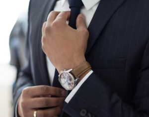 Why People Who Dress Well Make More Money